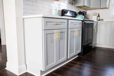 13a kitchen cabinet