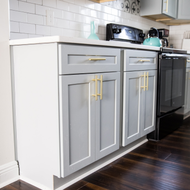 13a kitchen cabinet