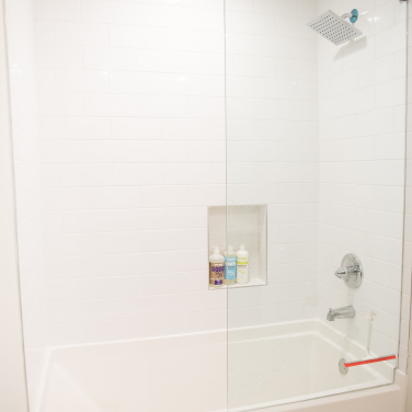 17 Master bath shower tub